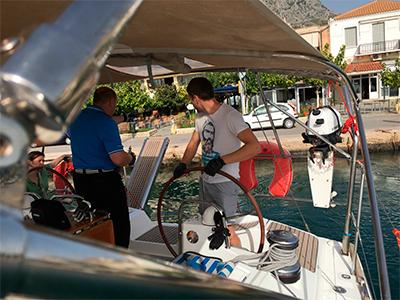 Отчет по плавпрактике яхтенной школы Центра Морского Права в  подход к причалу кормой
